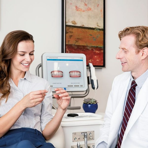 Imnvisalign Doctors with Patient